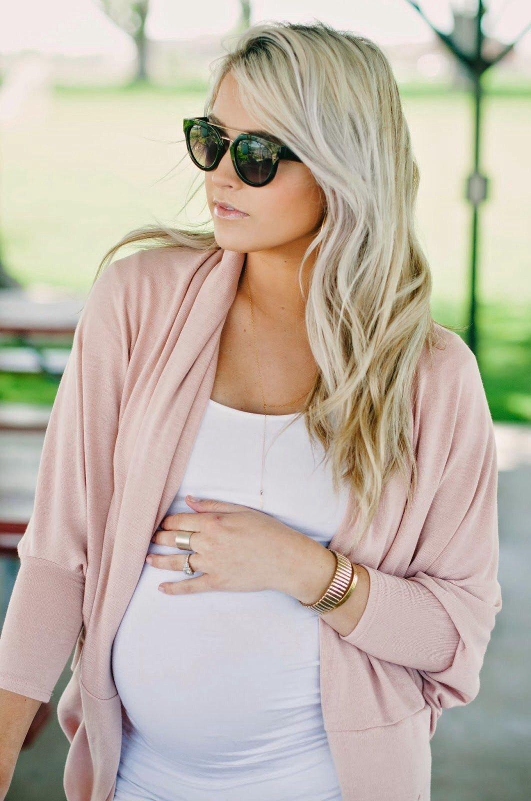 d9d69ce2dc Így öltözködj csinosan a babás hónapok alatt és után is, egyetlen ...